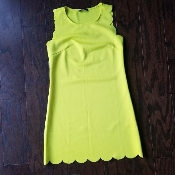 baecca3c7c FLASH SALE SHEIN Yellow Scalloped Edge Dress. M_5b8b4adba5d7c65d54c22a44